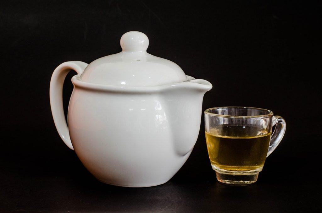 ごぼう茶の飲み方や量、いちばん効果的な1日の摂取量は?