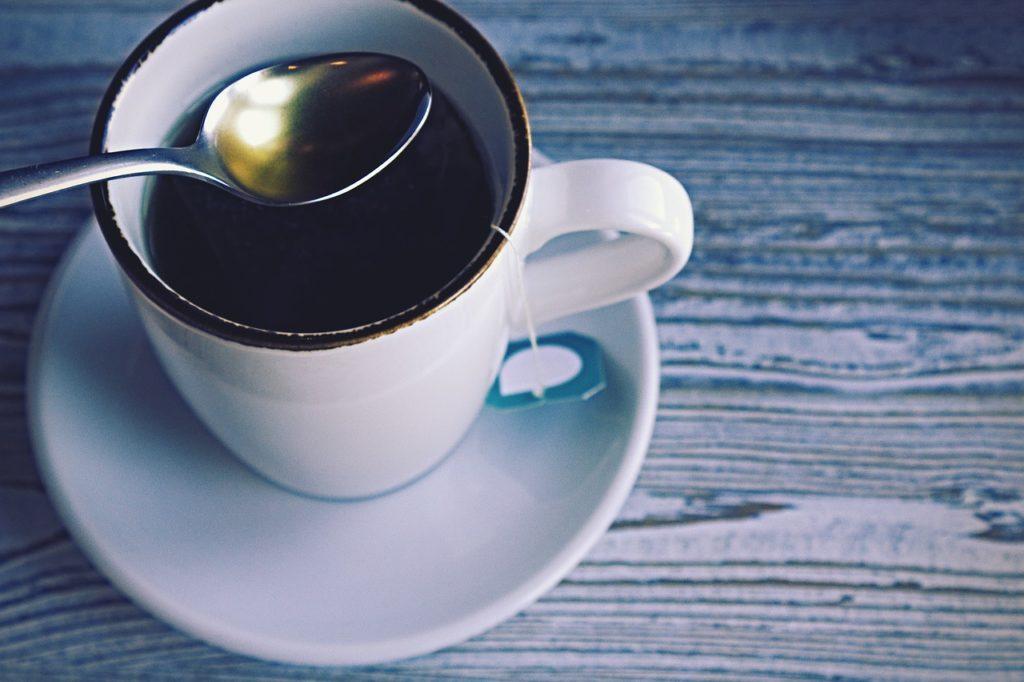 ごぼう茶が便秘に効果的って本当?飲み方や成分も気になる!